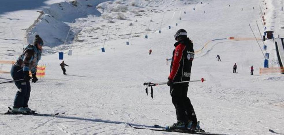 Comienza la campaña 2018 'un día en la nieve' de Universidad y Diputación de León