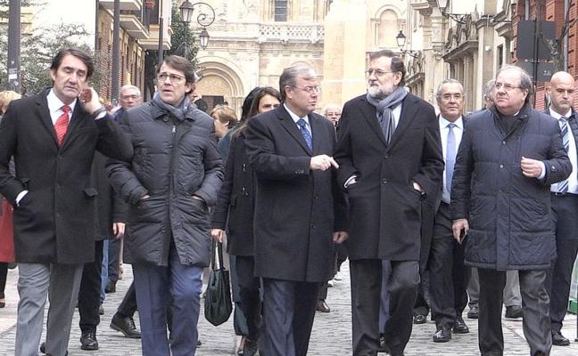 leonoticias.tv | Rajoy recorre las calles de León «una ciudad a la que estoy muy unido»