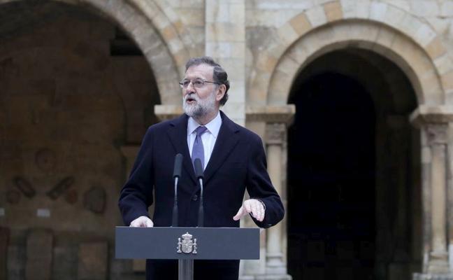 Rajoy, «orgulloso» de la historia de León, compromete la integración del AVE para finales del 2018
