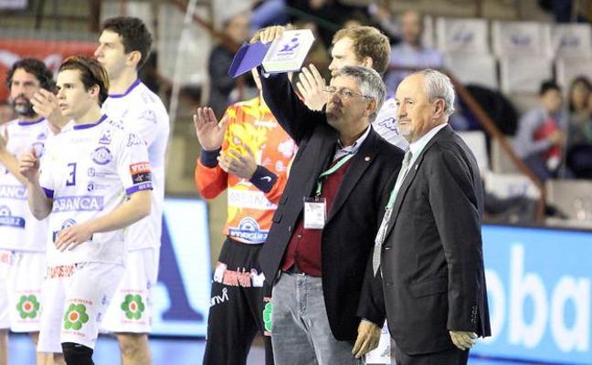 El Abanca Ademar garantiza su futuro y un gran proyecto deportivo con tres años más de patrocinio