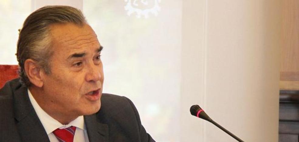 Izab León exige la dimisión del concejal de Hacienda tras la «ocultación de información crucial» para aprobar el presupuesto