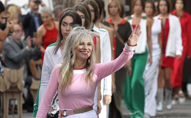 La colección 'Sororidad' de la diseñadora leonesa María Lafuente cierra el martes la Semana de la Moda de Madrid