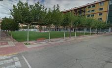 Un motorista resulta herido tras un accidente en el centro de La Bañeza