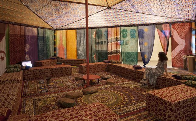 El Musac celebra las dos últimas actividades en torno a la cultura saharaui en la exposición 'Provincia 53'
