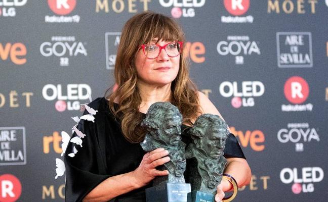 María Lafuente viste a la gran triunfadora de los Premios Goya