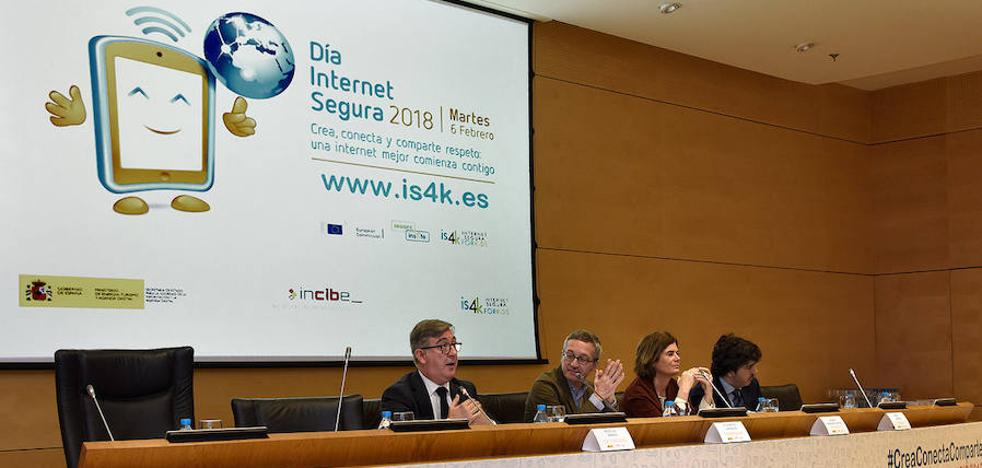 Jóvenes, expertos y autoridades promueven el uso positivo y responsable de internet