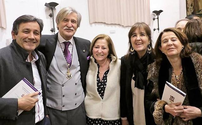 José María Luego inauguró el Curso 2018 de la Academia de Farmacia