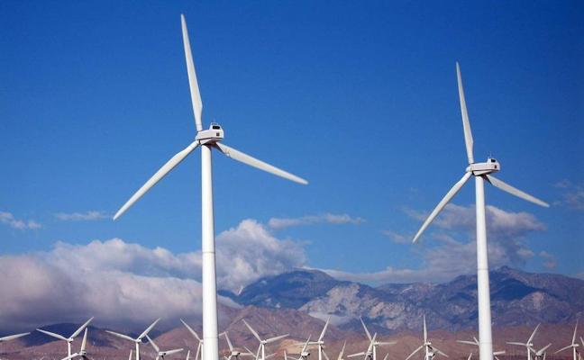 La Universidad de León programa un curso de diseño de parques eólicos