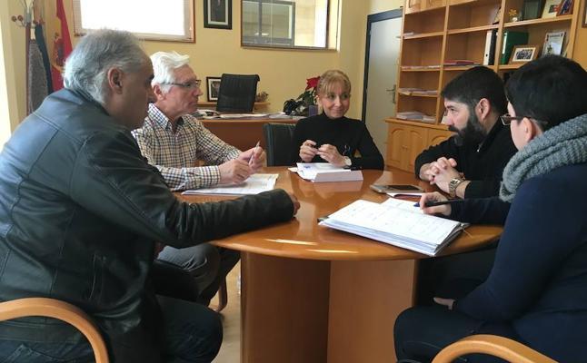Gancedo recoge las principales reivindicaciones de los vecinos y vecinas del barrio de Pinilla