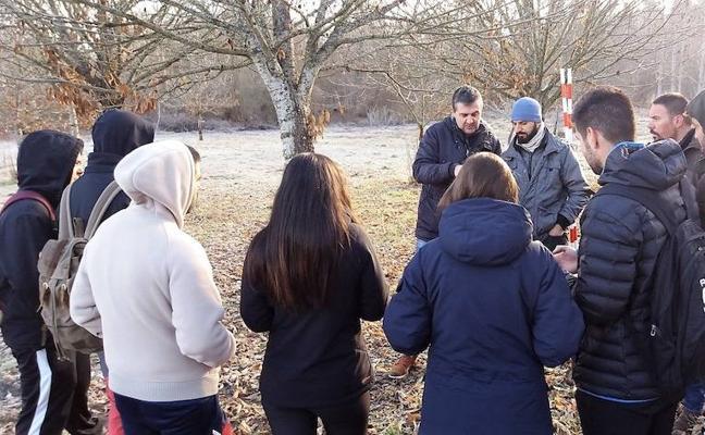 Alumnos de FP de Almázcara participan en una jornada sobre 'El Ingeniero Forestal 4.0'