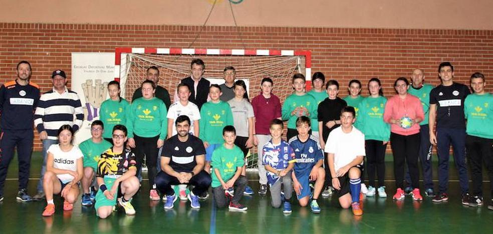 El Ademar busca cantera en las Escuelas Deportivas de Valencia de Don Juan
