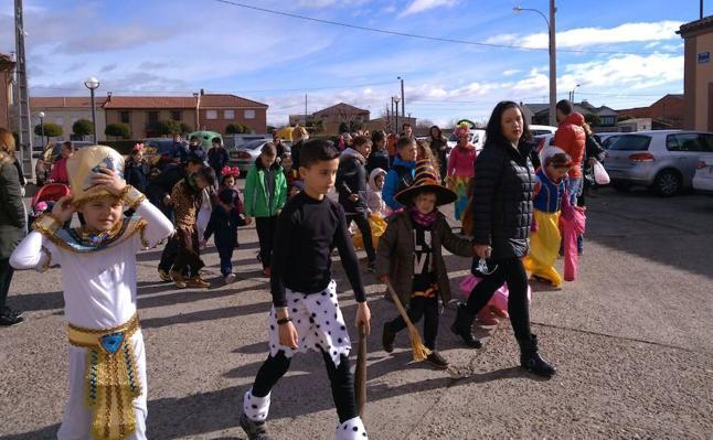 El CRA Santa Marina inicia el carnaval en Santa Marina del Rey