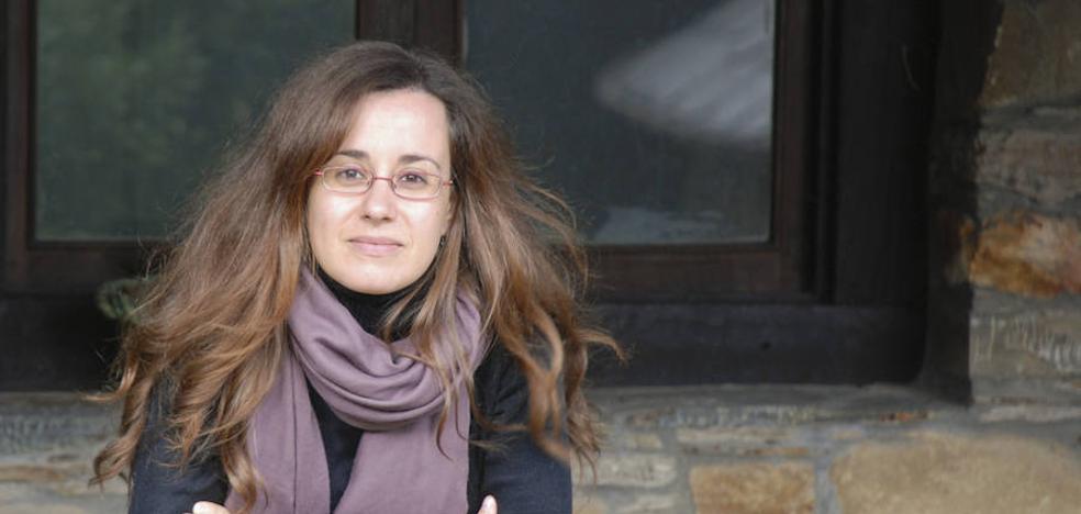 """La leonesa Noemí Sabugal publica su tercera novela, """"Una chica sin suerte"""""""