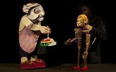 'Pinocho' se convierte en un niño de verdad sobre el escenario del Teatro Enrique Gil y Carrasco de Villafranca del Bierzo