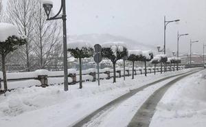 Protección Civil alerta de riesgo de nieve y heladas en las próximas horas en la montaña leonesa