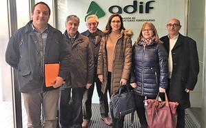 Adif se compromete a resolver los problemas de las obras de la variante de Pajares en los pueblos