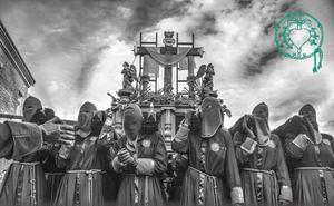 'Blanco y Negro' para anunciar a las Marías