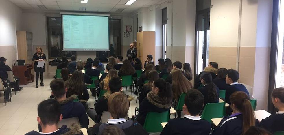 Educando en Justicia llega a la clase de 4º de ESO de la Asunción