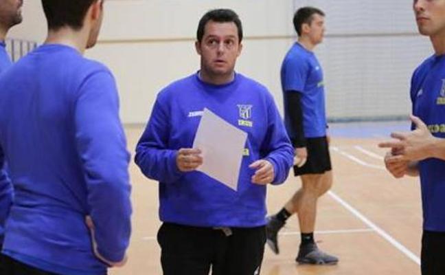 Jacobo Cuétara se ve con opciones de «plantar cara» al Abanca Ademar