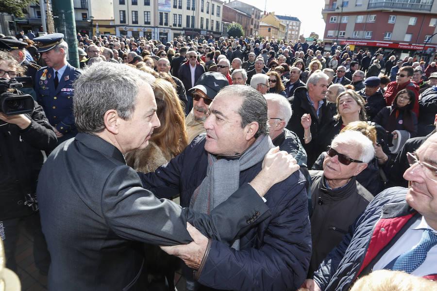 León homenajea a José Antonio Alonso