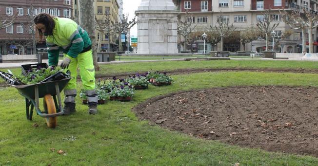 Upl exige al equipo de gobierno el arreglo y mantenimiento for Mantenimiento parques y jardines