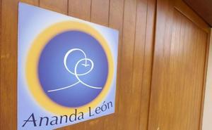 Ananda León organiza una jornada de puertas abiertas