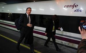Fomento trabaja en la posibilidad de llevar el AVE a Barajas