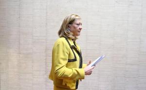 Del Olmo afirma en las Cortes que las «empresas catalanas están viniendo a Castilla y León»