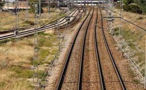 Adif licita el cambio de traviesas entre Quintana-Raneros y Astorga, en la línea León-A Coruña