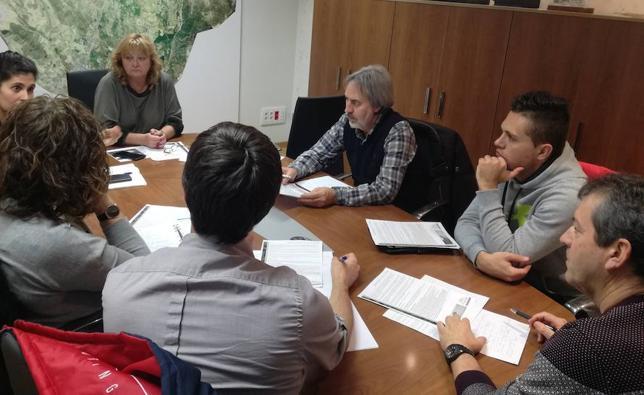 Más de 100 mayores y jóvenes de Villaquilambre compartirán el programa 'Integralab'