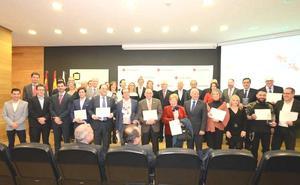 Cruz Roja reconoce a 21 empresas en Castilla y León su colaboración durante la crisis con las personas más afectadas