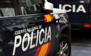 La Policía Nacional detiene a tres personas como presuntas autoras de robo con fuerza en una vivienda de San Andrés