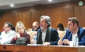 CB logra apoyo unánime a su propuesta para pedir a la Junta la implantación de la tarjeta sanitaria 'AA'