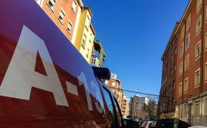 La Policía Local encuentra el cuerpo sin vida de una mujer en su vivienda de la calle Velázquez