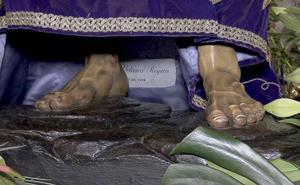 A los pies de Nuestro Padre Nazareno