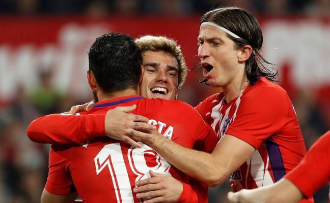El Atlético se desata y destroza al Sevilla