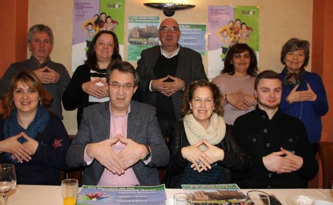 El Ayuntamiento de Valencia de Don Juan se vuelca con las Enfermedades Raras para lograr «más visibilidad y concienciación»