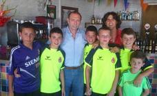 El campo de fútbol de Mansilla Mayor llevará el nombre de Quini