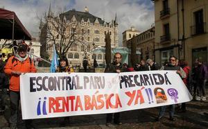 Arranca el León la protesta 'Ponte en marcha por lo básico'