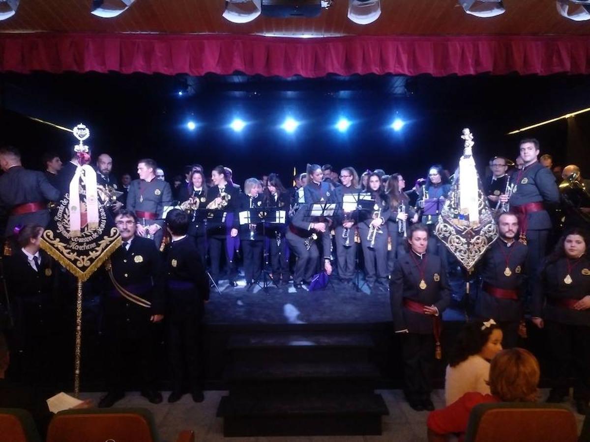 Certamen de bandas de música en Armunia