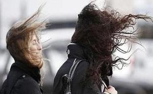 Alerta en la montaña leonesa por rachas de viento que podrían alcanzar los 120 kilómetros por hora