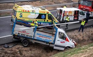 Cinco heridos leves tras la colisión de un autobús, cuatro turismos y una furgoneta en Toledo