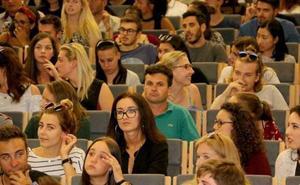 Los alumnos de la Ule podrán solicitar la beca de la Junta hasta el 2 de abril