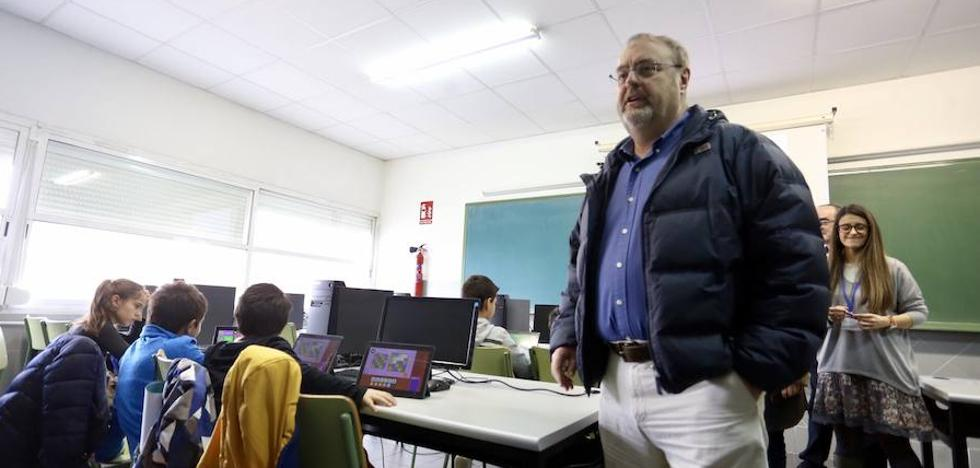 Rey lamenta los argumentos «frívolos e improvisados» del PSOE sobre la Ebau