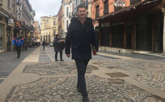 Cendón se propone «patear la calle» y detectar las «necesidades» de la gente tras cumplir 100 días liderando el PSOE provincial