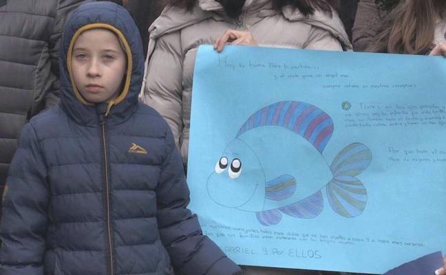 León pone rostro y corazón a los niños asesinados o desaparecidos para exigir la Prisión Permanente Revisable