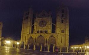 León 'apagará' la Catedral y San Isidoro en 'La hora del planeta'