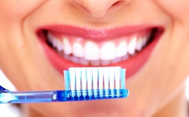 Los dentistas señalan la importancia de la salud bucal para reducir dolencias cardiovasculares, partos prematuros y diabetes