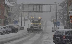 Protección Civil avisa de acumulaciones de nieve de hasta 20 centímetros en la Cordillera Cantábrica hoy lunes
