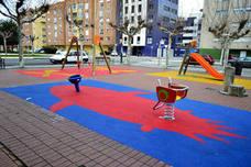 La Plaza del Huevo cuenta con un nuevo área infantil de 73 metros cuadrados de suelo amortiguado